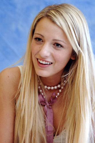 Blake Lively at the Sisterhood of the Travelling Pants Conference in May 2005