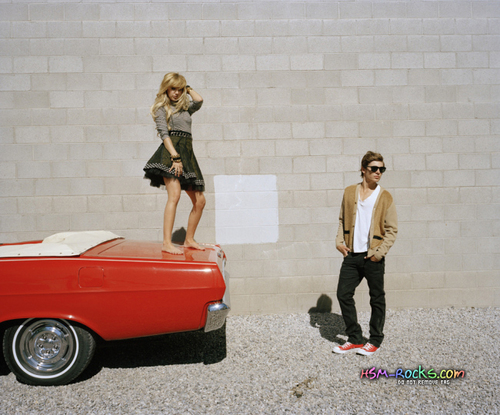 Elle Outtake - zac-efron-and-ashley-tisdale Photo
