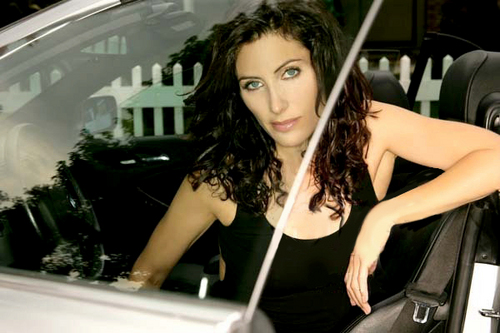 Lisabians Hintergrund probably with a portrait called Lisa Edelstein
