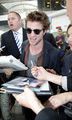 Robert Pattinson arriving in Nice - May 18 - twilight-series photo