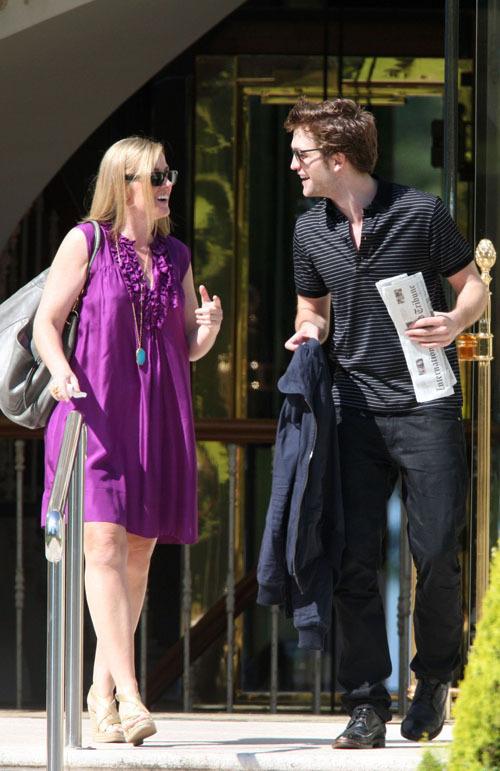 Robert Pattinson leaving the Eden Roc hotel - May 19