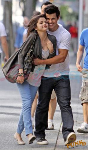 Taylor and Selena again