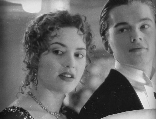 titanic scenes in black & white