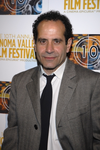 Tony Shalhoub वॉलपेपर containing a business suit, a suit, and a पिनस्ट्रीप, pinstripe entitled Tony
