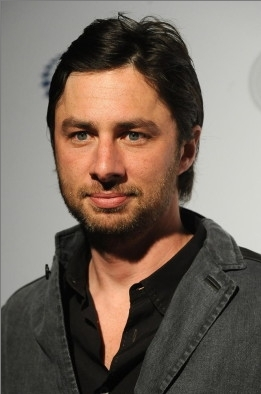 Zach Braff 바탕화면 probably containing a portrait called Zach at the William J. Clinton Foundation's Event, April 30th 09