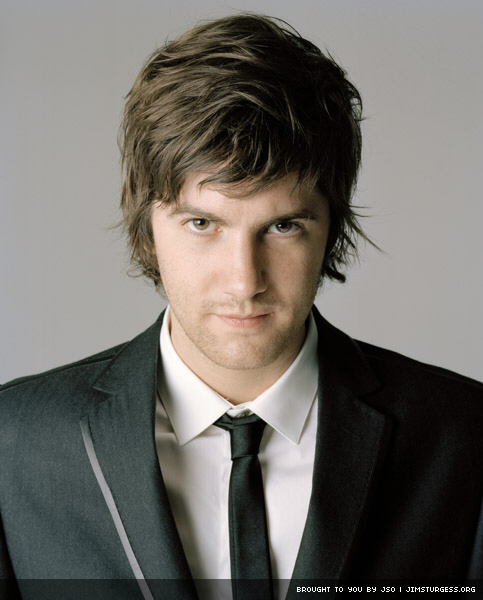 http://images2.fanpop.com/images/photos/6200000/jim-sturgess-jim-sturgess-6207821-483-600.jpg