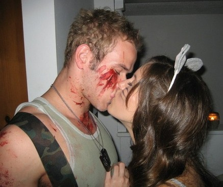 k&amp;a halloween kiss - Ashley Greene &amp; Kellan Lutz Photo (6236120) - Fanpop