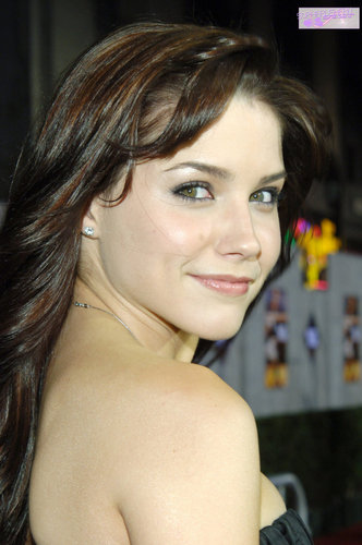 """Glory Road"" World Premiere 1-5-2006 [HQ]"