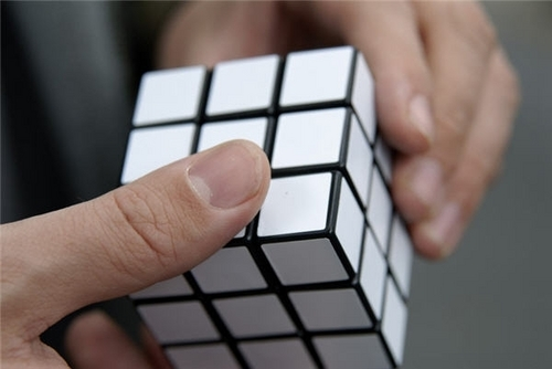 A Rubix Cube for lazy people