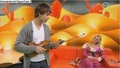 "alexander-rybak - Alexander Rybak performing ""I'm Yours"" by Jason Mraz on the show Fin Fredag 27.02.2009.  screencap"