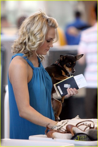 Carrie @ LAX
