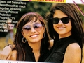 Demi n Sel - selena-gomez-and-demi-lovato photo