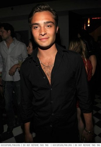Ed Westwick Hintergrund called Ed at the CW Upfront Party