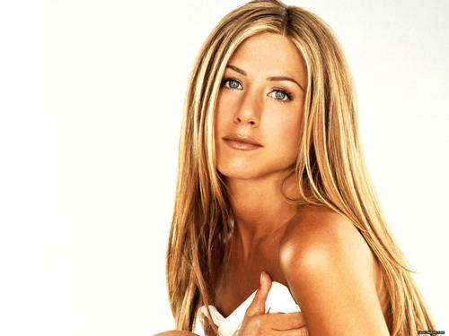 Jennifer Aniston wallpaper containing a portrait, attractiveness, and skin entitled Jen !