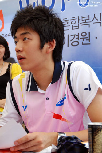 Lee Yong Dae - badminton Photo
