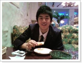 Badminton wallpaper possibly with a holiday dinner titled Lee yong Dae