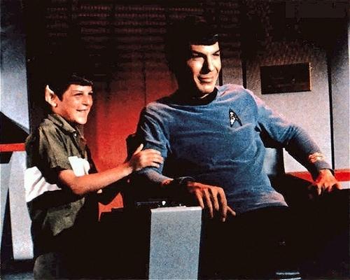 Leonard Nimoy gets surprised on-set oleh his son, Adam.