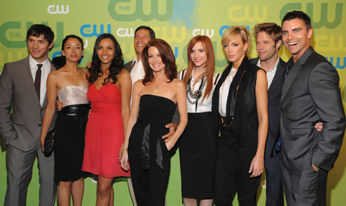 Melrose Place wallpaper containing a business suit, a bridesmaid, and a dress suit entitled Melrose Place cast at CW Upfronts