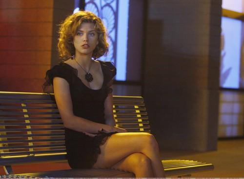 Naomi & Annie 1x08 stills