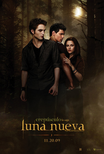 New Moon Poster in Spanish