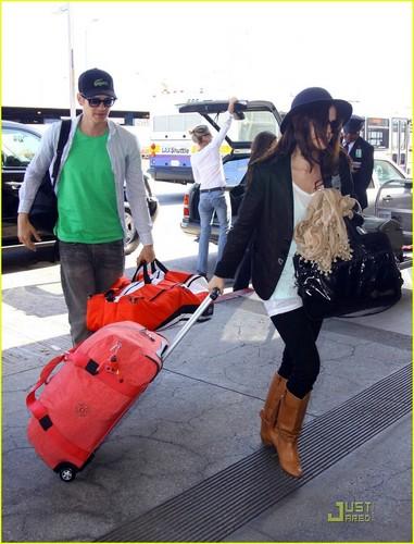 Rachel Heading to LAX