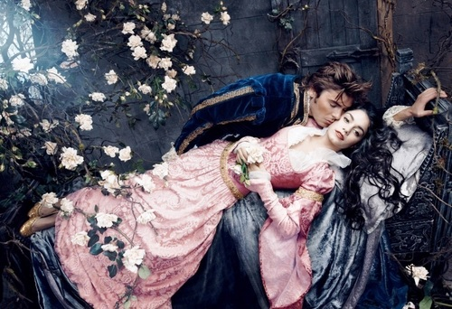 Vanessa Hudgens and Zac Efron as Aurora and Philip