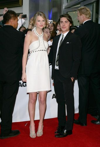 Zac Efron with Taylor veloce, swift