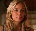 laura-k - laura-vandervoort photo