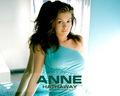 anne-hathaway - -Anne♥ wallpaper