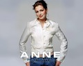 -Anne♥ - anne-hathaway wallpaper