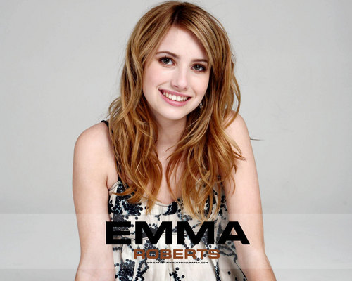 Emma Roberts wallpaper probably containing a portrait titled -Emma♥