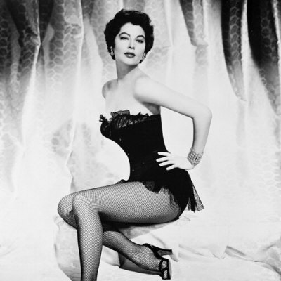 Classic Movies wallpaper probably with a fountain, a maillot, and a bustier called Ava Gardner