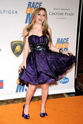 2009 Race to Erase MS Event - Century City, LA Avril-Lavigne-avril-lavigne-6430182-337-500
