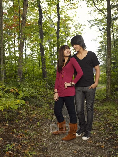 Jemi wallpaper probably containing long trousers, a pantleg, calças, and calças compridas titled Camp Rock fotografias (Newly Released)