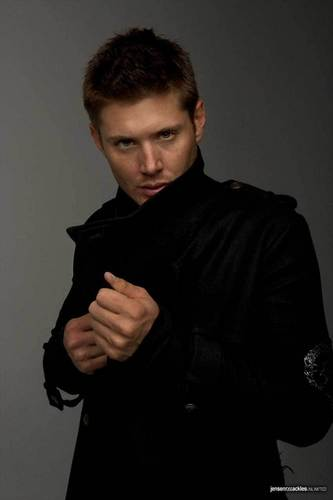 Dean Winchester kertas dinding possibly containing a well dressed person and an outerwear titled Dean Winchester