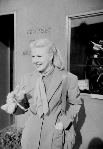 Ginger Rogers - candid