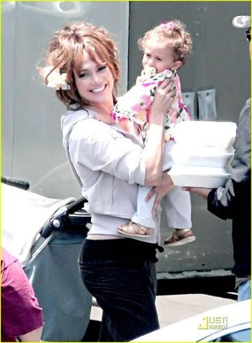 Jennifer and her daughter Emme