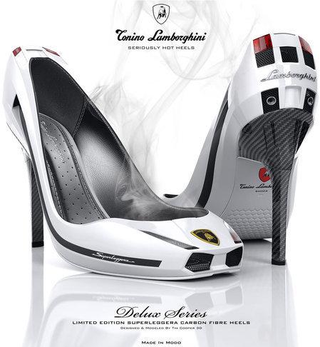 Girls n Cars wallpaper titled Lamborghini Hot Heels