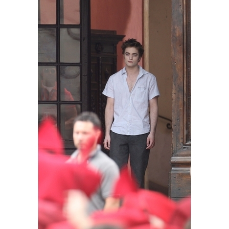 New Pic of New Moon