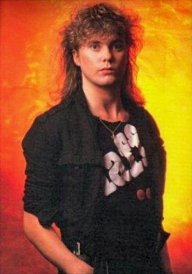 Rick Savage - def-leppard Photo