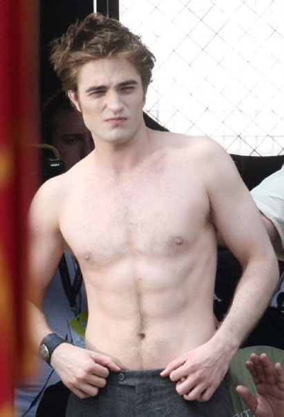 http://images2.fanpop.com/images/photos/6400000/Robert-3-twilight-series-6426053-411-604.jpg