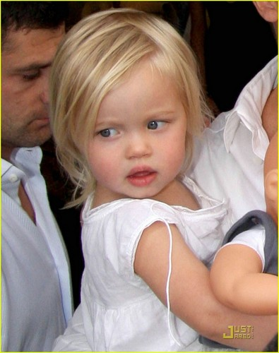 Shiloh Nouvel Jolie-Pitt. wallpaper with a neonate called SHILOH <3