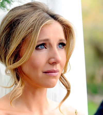 Sarah Chalke wallpaper with a portrait entitled Sarah In Maneater