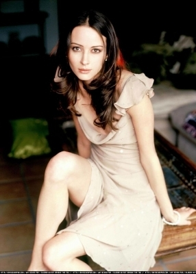 Amy Acker kertas dinding titled Session 2 Photoshoot