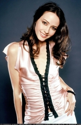 Amy Acker kertas dinding containing a well dressed person, a blouse, and a shirtwaist entitled Session 2 Photoshoot