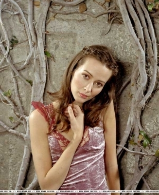 Amy Acker achtergrond containing a portrait entitled Session 5 Photoshoot