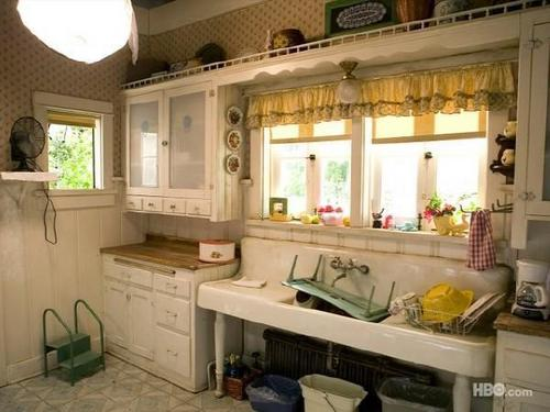 Sookie Stackhouse wallpaper with a kitchen entitled Sookie's House
