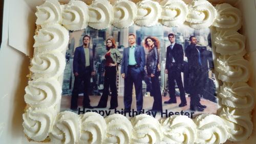 StellaFreak loves her cake <3