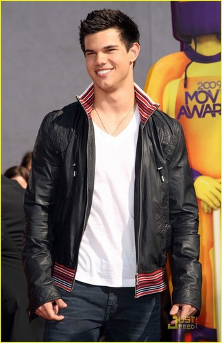 Taylor Lautner - MTV Movie Awards 2009