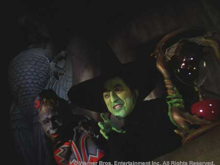 The-Wicked-Witch-the-wizard-of-oz-6425145-445-334.jpg